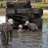 Mud work von flickr-Nutzer The U.S. Army (CC 2.0 BY)